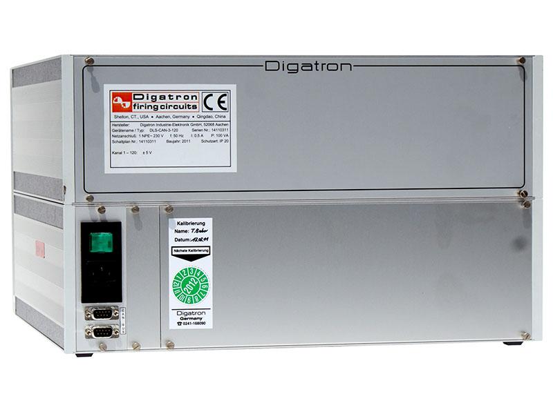 Digatron DLS, zur Datenerfassung der Einzellspannungen sowie Batterie- und Tankspannungen w?hrend der Pr?fzyklen