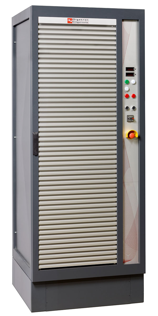 Digatron BNT-IGBT, modularer Bordnetz-Tester f?r Antriebsbatterien bis 150 Volt
