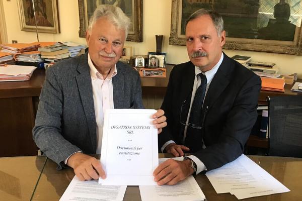 Gründung von Digatron Systems, Mailand, Italien
